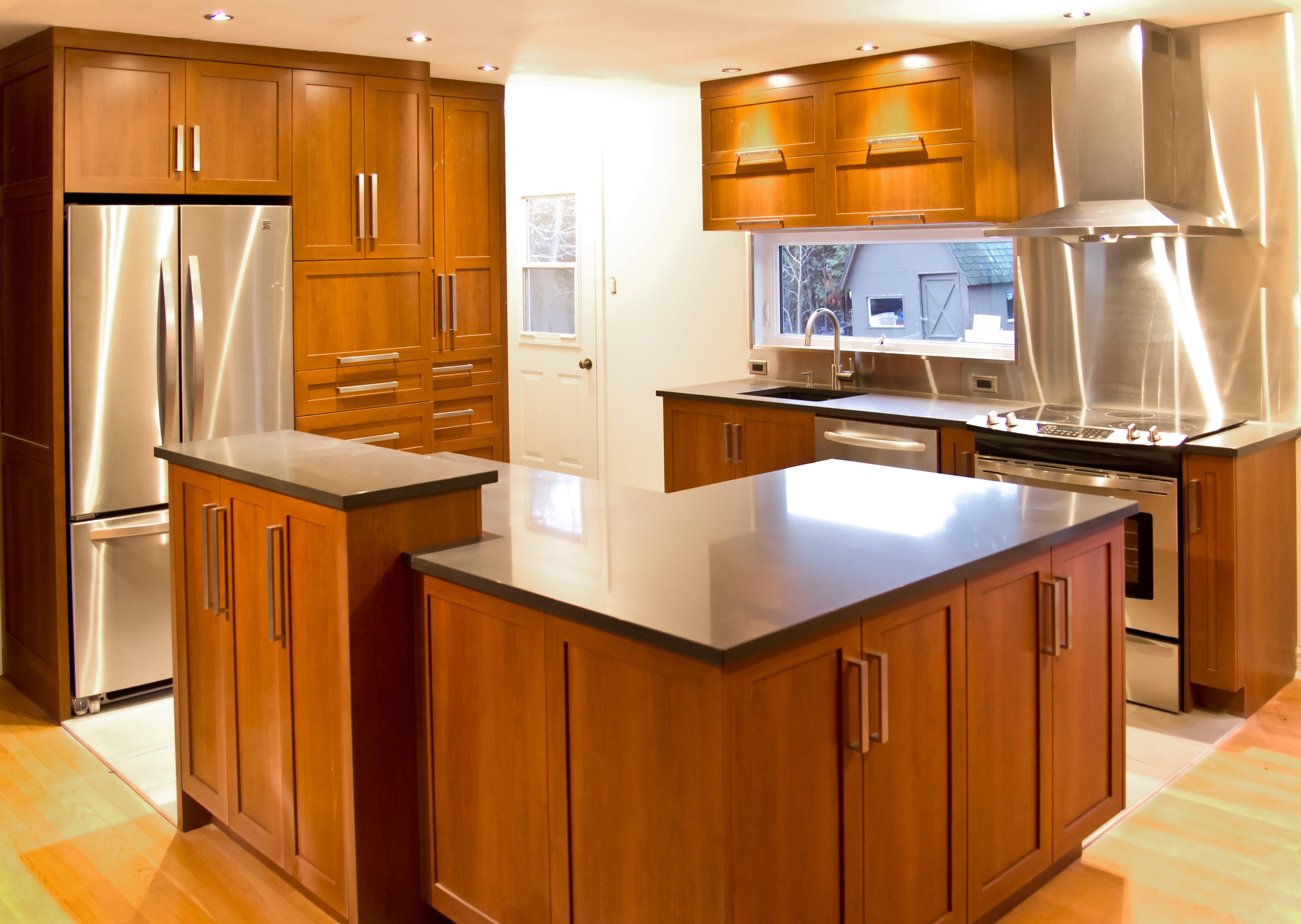 Installation d 39 armoires de cuisine sur mesure rive sud de montr al - Teindre armoire de cuisine ...